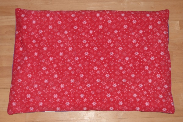 red snowflakes dog bed